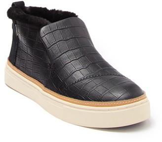 Toms Paxton Leather Croc Embossed Faux Fur Chukka Sneaker
