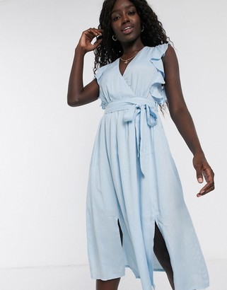 Glamorous skater dress with flutter sleeve in pale blue