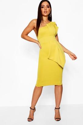boohoo One Shoulder Pleated Detail Midi Dress