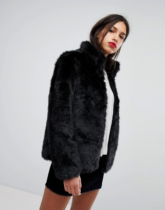 Vero Moda Short Faux Fur Jacket-Black