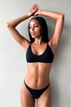 Nasty Gal Womens Seamless is More Ribbed V-Neck Bralette - Black - XL