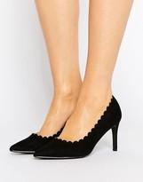 London Rebel Scallop Detail Court Shoe