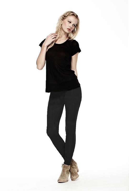 LnA Olivia Leggings in Black Licorice