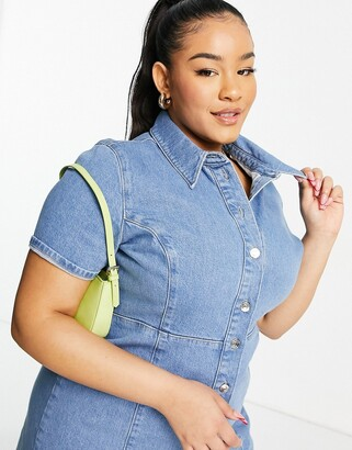 ASOS Curve ASOS DESIGN Curve denim fitted shirt dress with short sleeves in midwash