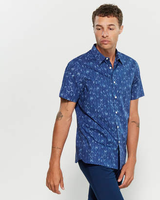 Perry Ellis Short Sleeve Chevron Print Shirt