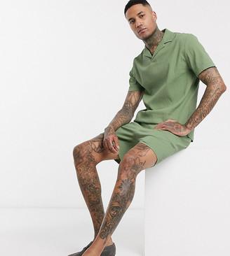 ASOS DESIGN Tall co-ord slim shorter shorts in green seersucker