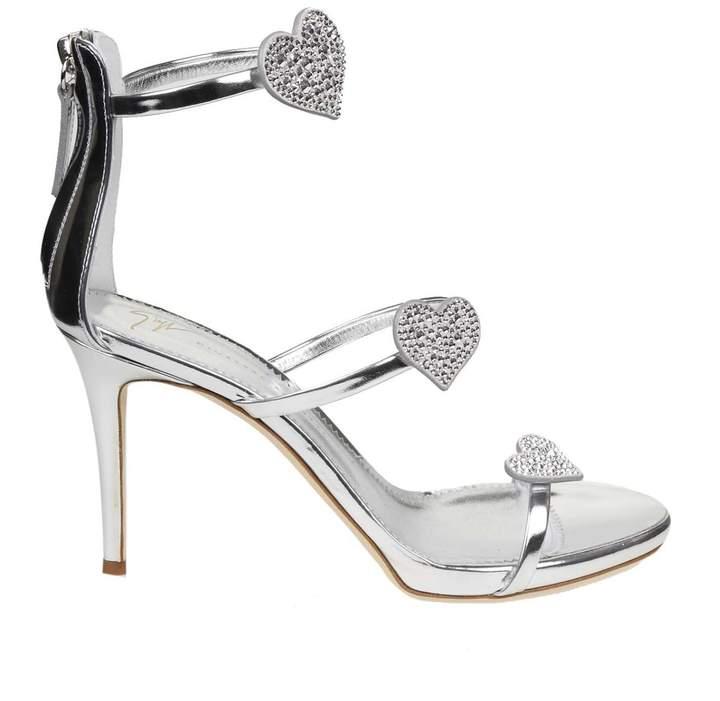 11ca70b9a6a Design Sandal Alien Color Silver