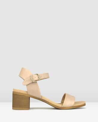 betts Raegan Footbed Block Heel Sandals