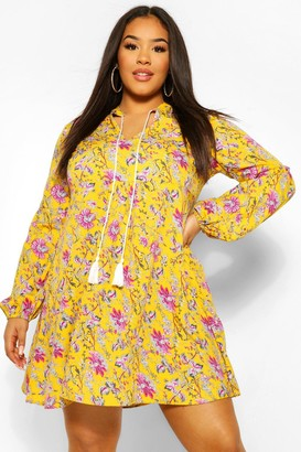 boohoo Plus Woven Floral Print Smock Dress
