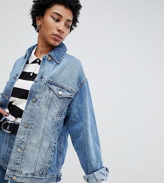 Asos Tall DESIGN Tall denim girlfriend jacket in midwash blue