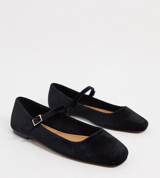 ASOS DESIGN Wide Fit Late mary jane ballet flats in black velvet