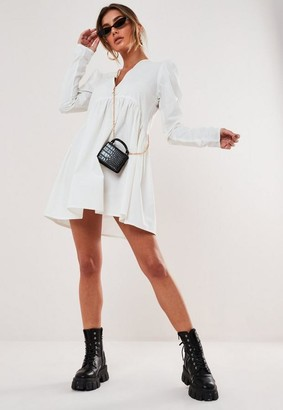 Missguided Petite White Poplin V Neck Button Smock Dress