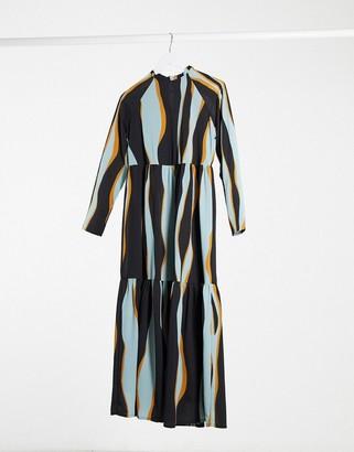 Vero Moda tiered maxi smock dress in print