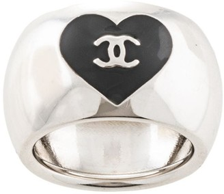 Chanel Pre-Owned CC heart logo ring
