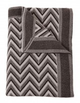 The Well Appointed House 100% Cashmere Modern Herringbone Design Throw in Light Gray and Chocolate