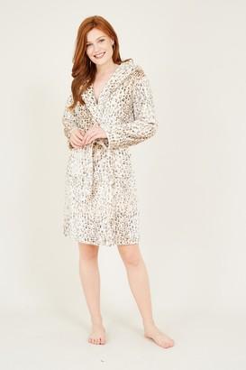 Yumi Brown Leopard Flannel Robe