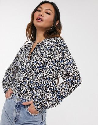Pieces Noemi high neck floral blouse