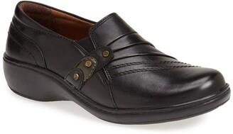 Aravon 'Danielle' Loafer Flat