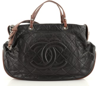 Chanel Country Chic Tote Quilted Leather Large