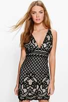 boohoo Boutique Rebecca Lace Scallop Plunge Bodycon Dress