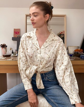Object shirt with tie front in cream floral