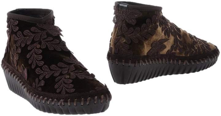 Alex Ankle boots