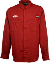 Columbia Arkansas Razorbacks Ncaa Men's Tamiami Long Sleeve Button Down Shirt