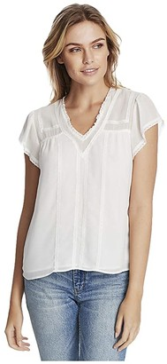 1 STATE Short Sleeve V-Neck Blouse with Lace Trim Detail (Soft Ecru) Women's Clothing