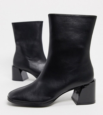 Z Code Z Z_Code_Z Exclusive Nat vegan square toe ankle boots in black