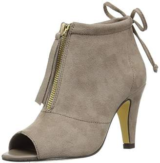 Bella Vita Women's Nicky Ii Ankle Bootie