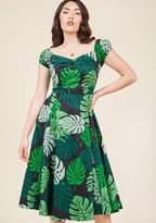 Collectif Tickle Me Picnic A-Line Dress in Tropical Fronds in XL