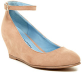 Chinese Laundry Abstract Hidden Wedge Pump