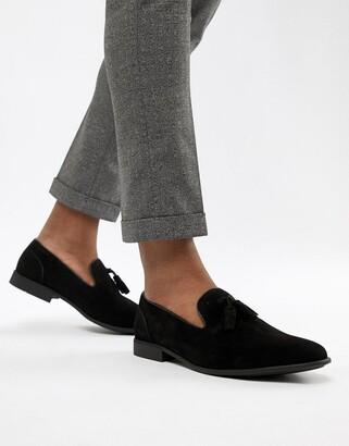 Asos Design DESIGN tassel loafers in black faux suede
