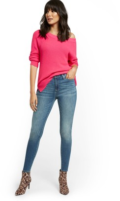 New York & Co. High-Waisted Curvy Skinny Jeans - Vibrant Blue