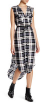 Cupcakes And Cashmere Split V-Neck Sleeveless Plaid Dress