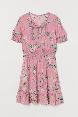 H&M Short Flounced Dress - Pink