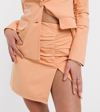 4th & Reckless Petite Exclusive ruched tailored mini skirt in peach