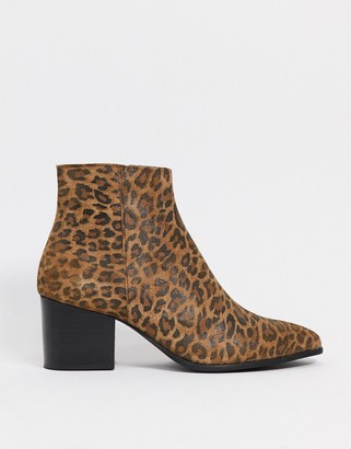 ASOS DESIGN heeled chelsea boots with pointed toe in leopard print