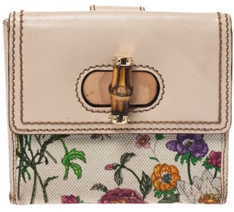 Gucci Beige Leather and Canvas Floral Bamboo Compact Wallet