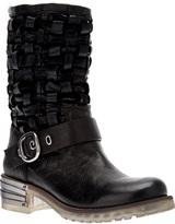 Baldan woven buckle boot