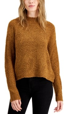 Hooked Up by IOT Juniors' Boucle Sweater