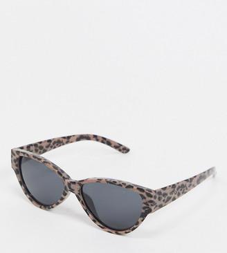 South Beach Exclusive cat eye sunglasses in pale leopard