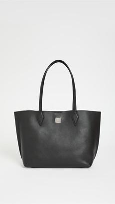 MCM Yris Medium Shopper Bag