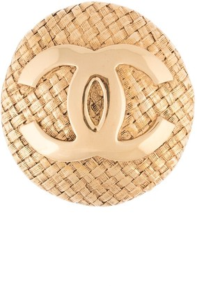 Chanel Pre Owned 2002 CC logo woven-effect brooch