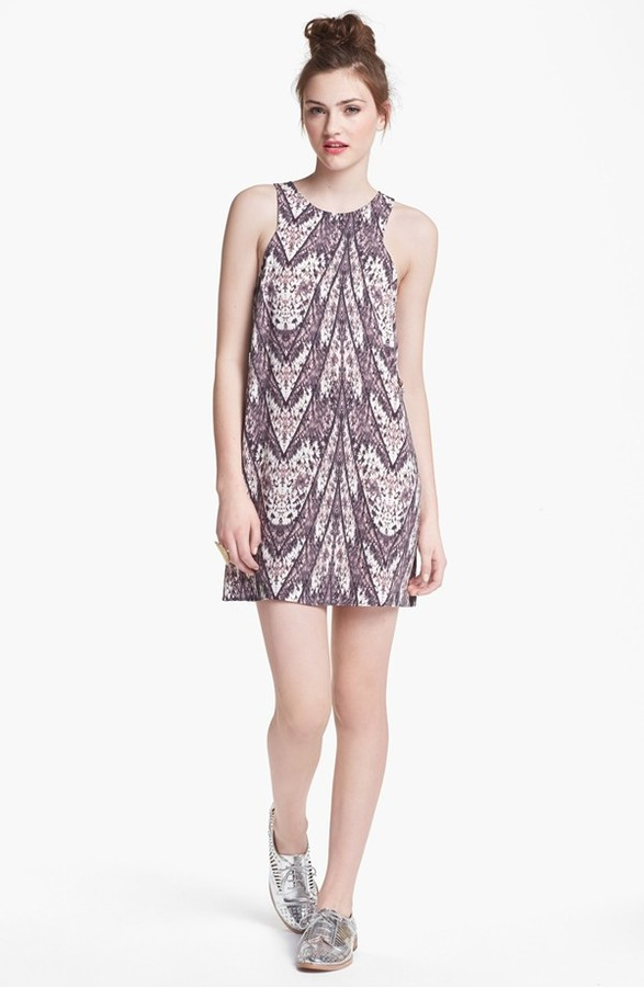 Lush Side Cutout Print Shift Dress (Juniors) Grey/ Pink Print Large