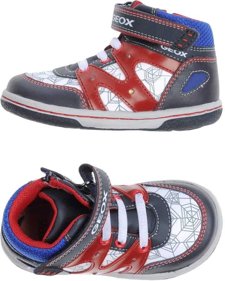 Geox Low-tops & sneakers - Item 11083210NT