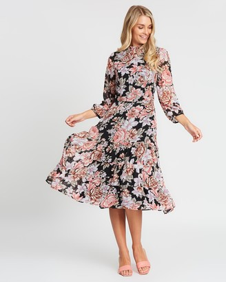 Review Fall My Way Dress