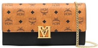 MCM Mena Visetos chain wallet