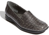 Trotters Women's 'Jenn' Loafer