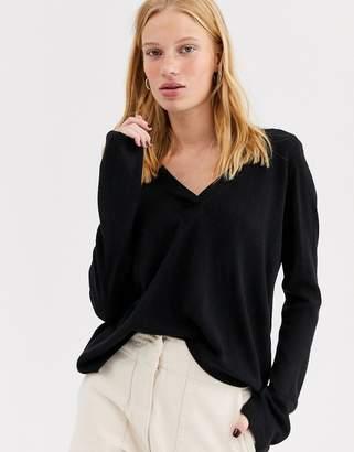Only long sleeve v neck pullover knit jumper-Black